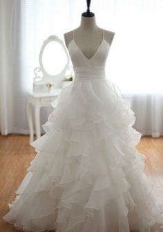 A line Wedding Dresses, White Wedding Dresses, Long Wedding Dresses With Layered Spaghetti Strap Floor-length, A Line dresses, Long White dresses, A Line Wedding Dresses, White Long Dresses, Spaghetti Strap dresses, Spaghetti Strap Wedding dresses, Long Wedding Dresses, White A Line dresses, White Spaghetti Strap dresses, White dresses Long