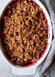 Whole Grain Strawberry Oat Crumble | via forkknifeswoon.com