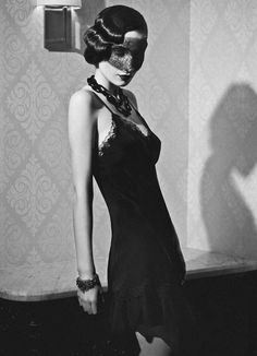 Gothic '20s Lingerie : Patricia Fieldwalker Black Magic