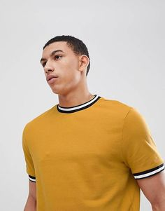 Shop the latest New Look T-Shirt With Tipping Detail In Mustard trends with ASOS! Free delivery and returns (Ts&Cs apply), order today! Mens Stylish T Shirts, Mens Tees, Camisa Polo, Clothing Store Interior, Cool Shirt Designs, Look T Shirt, Latest Mens Fashion, Fashion Online, Mustard Sweater