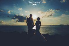 photo by Terry Lo Wedding, pre-wedding, wedding day, bride, groom, wedding photography, wedding photographer, hk, hong kong, engagement, sunset, sea, ocean, sky