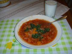 Laihduttajan kaalikeitto - Kotikokki.net - reseptit Thai Red Curry, Ethnic Recipes, Food, Hoods, Meals
