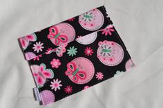 Reusable Cotton Snack Bag by SewCraftyCat on Etsy, $4.00  Other patterns available.