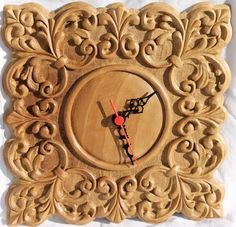 Orologio di Fausto Viking Symbols And Meanings, Mirror Photo Frames, Wall Mirror, Wood Carving For Beginners, Luxury Furniture Stores, Cold Porcelain Flowers, Pyrography Patterns, Furniture Near Me, Chip Carving