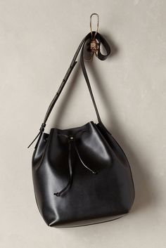 Benedetta Bucket Bag by Kelsi Dagger All Black Fashion, Autumn Fashion, All Black Looks, Unique Bags, Casual Chic Style, Bag Accessories, Leather Bag, Purses And Bags, My Style