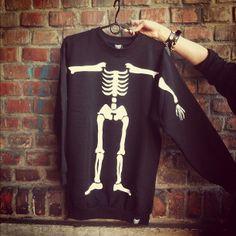SWEATSHIRT bones