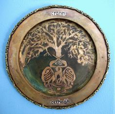 In Celtic lore, cranes are sacred to the Triple Goddess and serve as messengers of the gods. Here they form the trunk and foundation of the  Tree of Life (Tree of Birth), crann bethadh in Irish Gaelic, as tradition holds that both parents incubate the eggs and are protective of the young.