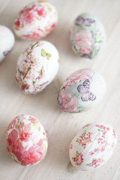 Thorns and Roses Spring Is Here, Spring Time, Egg Art, Easter Crafts, Macarons, Easter Eggs, Lily, Hand Painted, Decoupage
