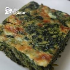 hamursuz ispanak boregi tarifi Pizza Pastry, Diet Recipes, Healthy Recipes, Cooking Recipes, Raw Spinach, No Gluten Diet, Yummy Food, Good Food, Taco Pizza