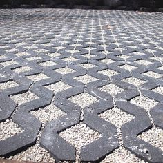 permeable paving driveway                                                       …