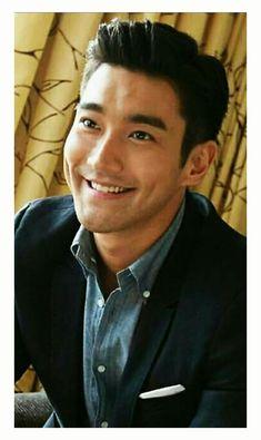 Leeteuk, Heechul, Super Junior, Korean Men, Korean Actors, Shu Qi, Shane West, Portia De Rossi, Choi Siwon