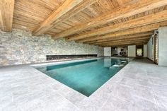 Masterpiece property located on the ski slopes in Nendaz !  Huge indoor pool in a Swiss Chalet.   Follow us for more exclusive properties !  #aresa#realestate#realestateagent#realestateluxury#houseexterior#luxuryhomes#swissalps#mountains#chalet#alps#nendaz#switzerland#valaiswallis#property#propertyforsale#architecture#architecturedesign Ski Bar, Swiss Chalet, Guest Toilet, Traditional Fireplace, Ski Slopes, Us Real Estate, Cinema Room, Alps, Ground Floor