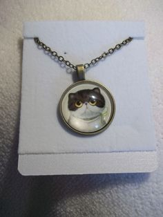 Bronze Bubble Brown/White Yellow Eyes Kitty Necklace