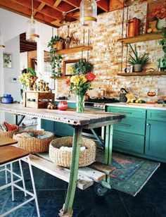How to Get a Beautiful Home by Decorating With a Moroccan Theme The Design Files, Küchen Design, House Design, Interior Design, Studio Design, Kitchen Interior, Kitchen Decor, Best Kitchen Designs, Cheap Home Decor