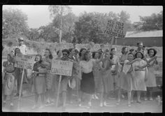 1941 Striking textile mill workers in Georgia