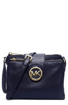 Crossbody crush! In love with this navy Michael Kors crossbody for every season.