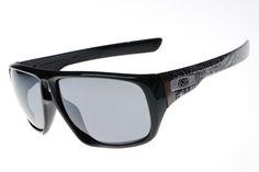 Oakley Star of Sunglasses Black Frame Silver Lens 1139