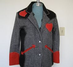 Super Cool Vintage Houndstooth Rockabilly Jacket. If I was younger and a size M I would sport this ;)
