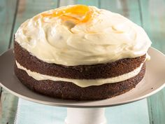 Full of flavour and moist without being mushy – this is the perfect homemade carrot cake. Baking Recipes, Cake Recipes, Dessert Recipes, Crunchie Recipes, Peppermint Crisp Tart, Carrot Cake Frosting, South African Desserts, Homemade Carrot Cake, Other Recipes