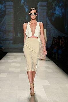 MAISON MATTHEW GALLAGHER (Official Runway Photos by George Pimentel) – World Mastercard Fashion Week Toronto SS14 Spring Summer 2014 – #WMCF...