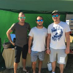 Happy customers at the festival 😎😍🌳 Wooden Sunglasses, Mens Sunglasses, Green Turquoise, Fan, Happy, Photos, Fashion, Moda, Pictures