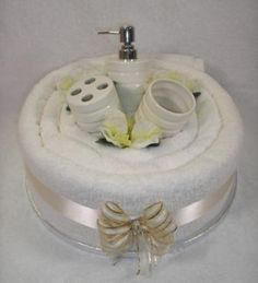 One Tier Bathroom Wedding Cake