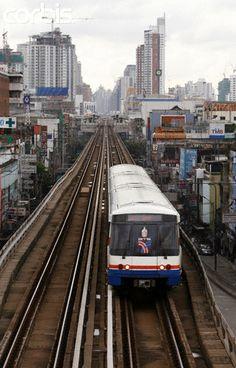 Bangkok - Thailand. Skytrain con www.quenlla.com