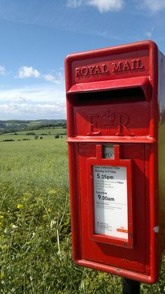 Royal Mail Country Post Box on School Lane, Wouldham, Kent . Red Mailbox, Antique Mailbox, Letter Boxes, Telephone Booth, Kent England, Mail Boxes, You've Got Mail, Red Bus, British Countryside