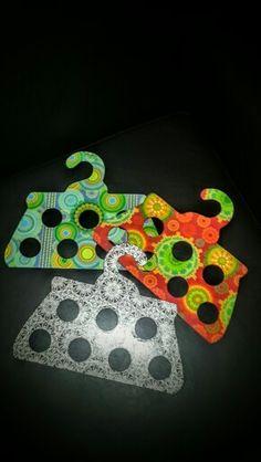 Ordenador de chalinas y pañuelos