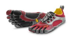 Vibram FiveFingers - BIKILA LS - I need some new Vibrams and I think these are the ones. Especially for running. Barefoot Running Shoes, Vibram Fivefingers, Five Fingers, Workout Shoes, Red And Grey, Red Black, Toe Shoes, Sport, Me Too Shoes