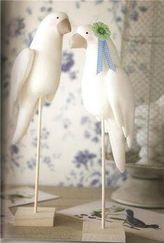 ...loros - Valeria P - Álbuns da web do Picasa bird, sew, craft, tone finnang, doll, felt, pattern, muñeca, tilda