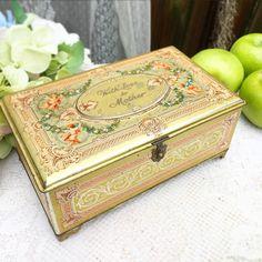 Antique Decorative Artstyle Chocolates tin by WonderCabinetArts