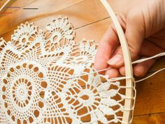 DIY Doily Dream Catcher - Treasured Oak Springs - DIY Doily Dream Catcher – Treasured Oak Springs You are in the right place about diy projects Her - Grand Dream Catcher, Dream Catcher Boho, Dreamcatcher Crochet, Crochet Mandala, Dreamcatchers Diy, Doily Dream Catchers, Dream Catcher Craft, Homemade Dream Catchers, Dream Catcher Patterns
