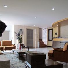 Recepcion4 Best Western, Table, Furniture, Home Decor, Decoration Home, Room Decor, Tables, Home Furnishings, Home Interior Design