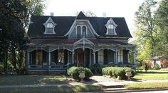 c. 1880 Gothic Revival - Cuthbert, GA - $100,000 - Old House Dreams