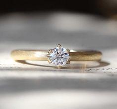 プロポーズのために:ゴールドの婚約指輪(オーダーメイド/手作り) engagement ring ,bridal,wedding,K18,Gold,diamond,エンゲージリング,ith,イズマリッジ