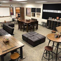 35 ideas classroom organization high school computer lab - New Sites Modern Classroom, Classroom Layout, High School Classroom, New Classroom, Classroom Design, Classroom Themes, Classroom Organization, English Classroom, School Kids