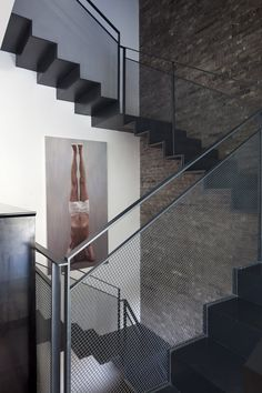 TEL AVIV: V HOUSE BY PAZGERSH ARCHITECTURE+DESIGN