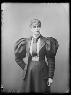 Miss Annie Burbury, Sydney, ca. 1895 / photographer Freeman & Co. by State Library of New South Wales collection, via Flickr