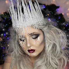 ❄️ICE QUEEN / DIY ICE CROWN ❄️ is live on YouTube! The direct link to the video is in my bio. Hope you guys like it. :) was a super fun look to do and I liked showing you guys how to use hot glue to make some realistic icicles and water droplets! Thanks for all the love so far on the video, you are all so damn wonderful to me! Hope you're having an awesome weekend, I will have a new Holiday video up for you guys on Monday! ✖️Full product details in my last post!