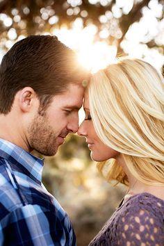 Secretul unei conversatii este sa  asculti. www.radiocatch22.com