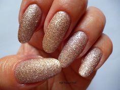 Fife Fantasi Nails : Magic Effect Pearl from Avon