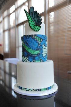 60 Beautiful African Wedding Cake You Will Love for Your Inspirations - VIs-Wed Traditional Wedding Cakes, African Traditional Wedding, Traditional Cakes, Traditional Decor, African Wedding Cakes, African Wedding Theme, African Weddings, Themed Wedding Cakes, White Wedding Cakes