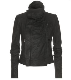 ¡Cómpralo ya!. Classic Biker Brushed Leather Jacket. Classic Biker Dark Black Brushed Leather Jacket By Rick Owens , chaquetadecuero, polipiel, biker, ante, anteflecos, pielflecos, polipielflecos, antelina, chupa, decuero, leather, suede, suedette, fauxleather, tassel. Chaqueta de cuero  de mujer color negro de RICK OWENS.