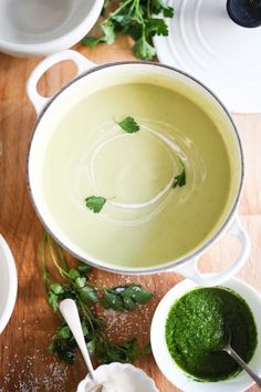 A delicious healthy recipe for Celeriac Soup with Fennel and Parsley Oil -- that can be made in 35 minutes flat! Creamy yet light! Celeriac Soup, Fennel Soup, Soup Recipes, Healthy Recipes, Fennel Recipes, Healthy Soups, Healthy Eating, Vegan Soups, Vegetarian Recipes