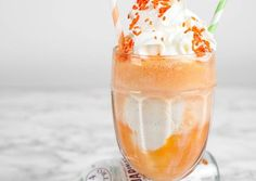 Mandarinata ice cream float