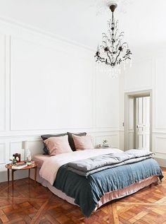 blush pink & navy bedding / sfgirlbybay