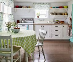 Pretty cottage kitchen