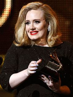 Adele singing her heart out and back in full voice at the grammy's... Luv luv luv