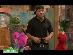 Enjoy this sneak peek from Season 39 of Sesame Street, which launches on August 11 along with a fantastic new website at http://www.sesamestreet.org In this ...